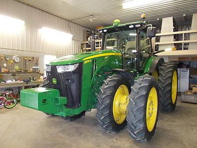 2013 John Deere 8335R Tractors