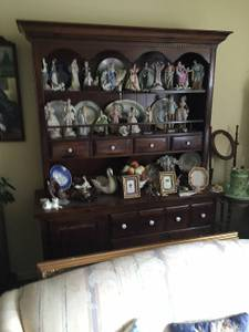 Estate Sale In Southampton, PA By Cherry Hill Liquidators (1245 Carolyn Dr.