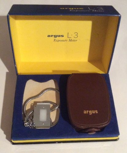 ARGUS L3 Exposure Light Meter Made in W. Germany w/ CASE & Chain #600