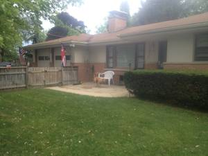 ROOMS for RENT - House Share N. Lake County, IL (Grayslake/Gurnee)