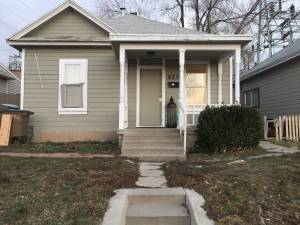 Room for rent (9th and 9th)