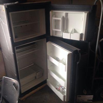 RV Refrigator and Freezer