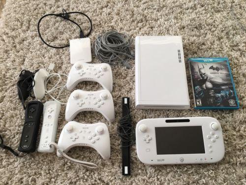 Nintendo Wii U Console - 8 Games, 5 Controllers