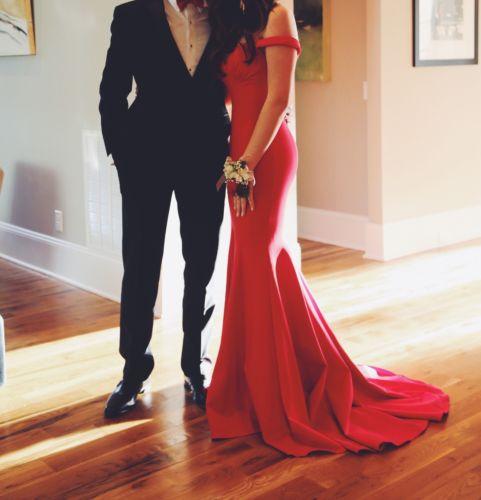 Sherri Hill Red Dress.