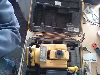 TOPCON 211D TOTAL STATION