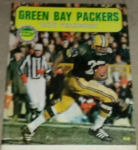1970 Green Bay Packers Yearbook + Sports Focus Yearbook - NFL - VGC