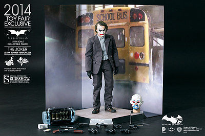 Sideshow Collectibles Hot Toys The Joker Bank Robber 2.0 NIB Toy Fair Exclusive