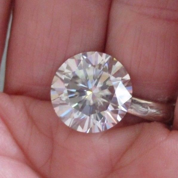 DAZZLING! FIERY! 9.76 ct VVS1 14.40 mm WHITE I-J COLOR LOOSE ROUND MOISSANITE