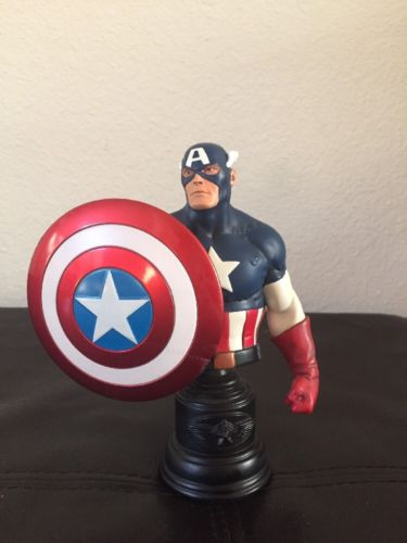 2009 Bowen Designs Classic Captain America Bust Marvel Statue #1078 of 2000