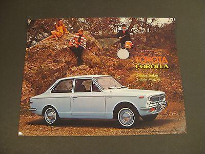 1970 TOYOTA COROLLA 2 DOOR SALES BROCHURE / Very Nice!