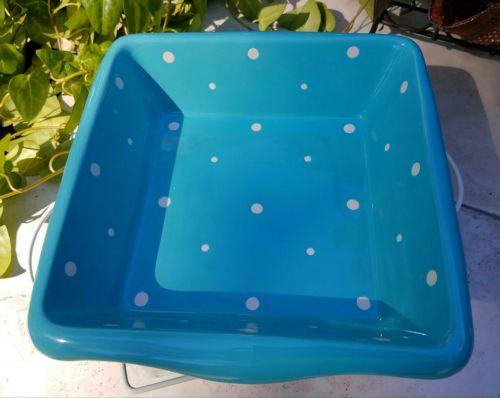 Temptations blue polka dot square casserole dish