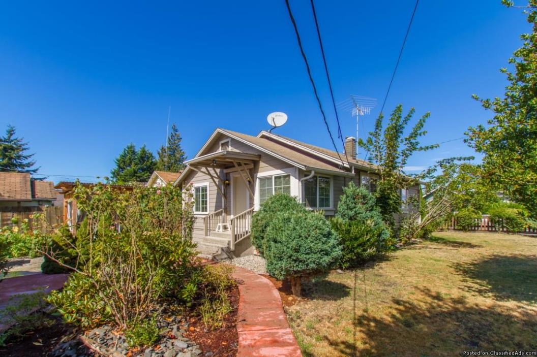 100% Financing - Own Your Own Home NOW!  Large 4 Bedroom Auburn Home ~ Stop...