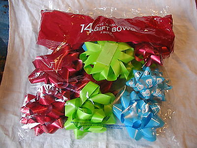 14 Berwick peel-n-stick Gift Bows 2 sizes new in bag green red blue made in USA