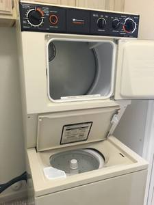 Stackable Washer/Dryer (Sunlakes)
