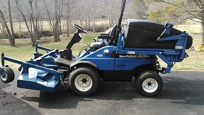 2008 New Holland MC35 Front mower with grass catcher