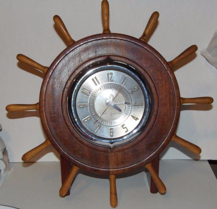 Nautical Wood Ship Boat Steering Wheel Table Shelf Clock Vintage