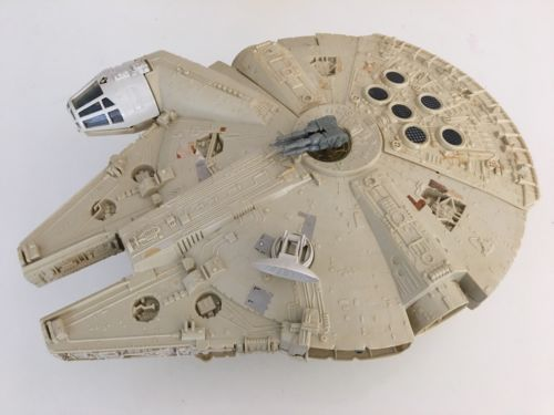 VINTAGE STAR WARS KENNER MILLENNIUM FALCON VEHICLE 1979. WORKING ELECTRONICS!