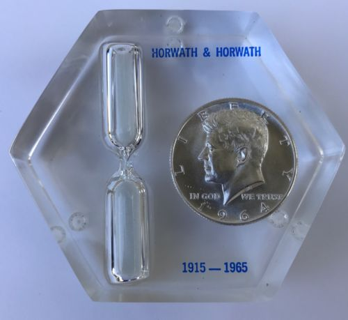 1964 Silver Kennedy Half Dollar In Lucite RARE 90% Silver With 3 Min Sand Timer