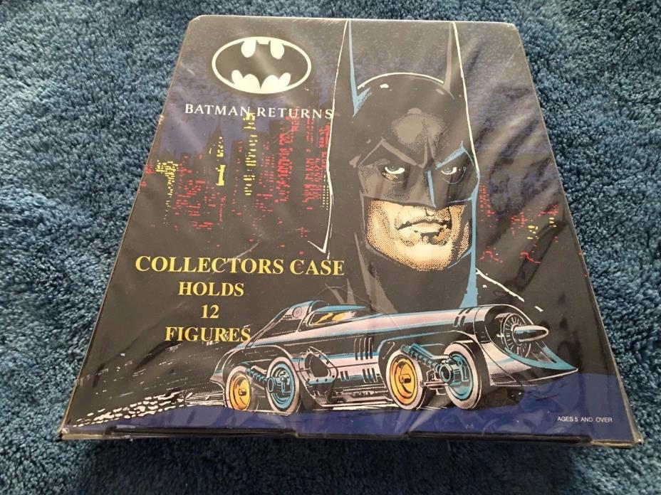 BATMAN ACTION FIGURE CARRYING CASE 1992   (figures not included)