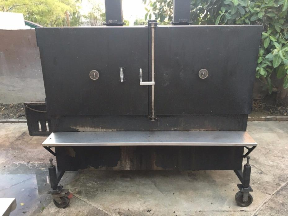 BBQ SMOKER Heavy Duty -- Retail over $14k