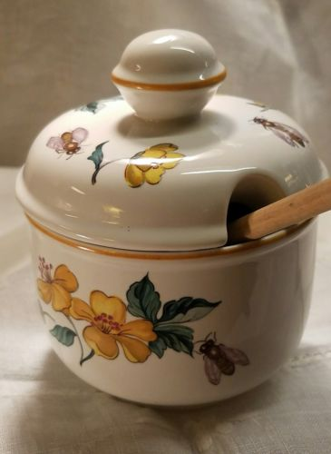 Villeroy & Boch-Luxembourg-Honey/Jam Pot/ Dipper -Honey Bees & Yellow Flowers!
