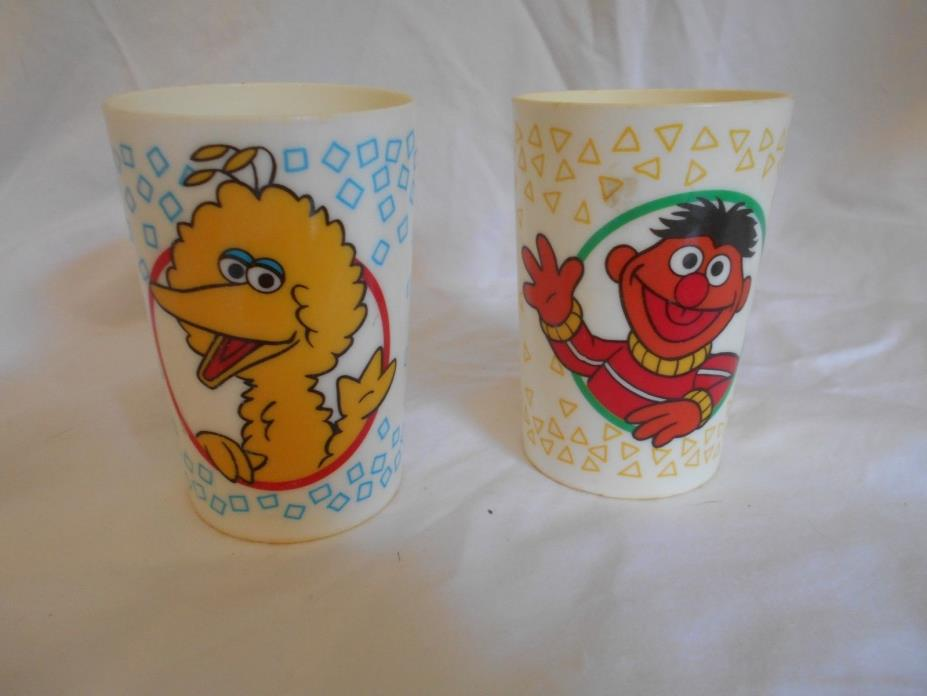 VINTAGE 70's SESAME STREET CHILDRENS CUPS MELAMINE ERNIE, BIG BIRD USA