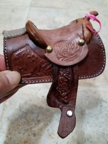 Western Saddle Mini Decoration Saddle
