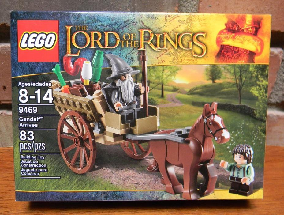 Lego The Lord of the Rings Gandalf Arrives (9469) -- NIB -- fast free ship!
