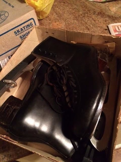 Riedell ice skates 375 Womens size 8
