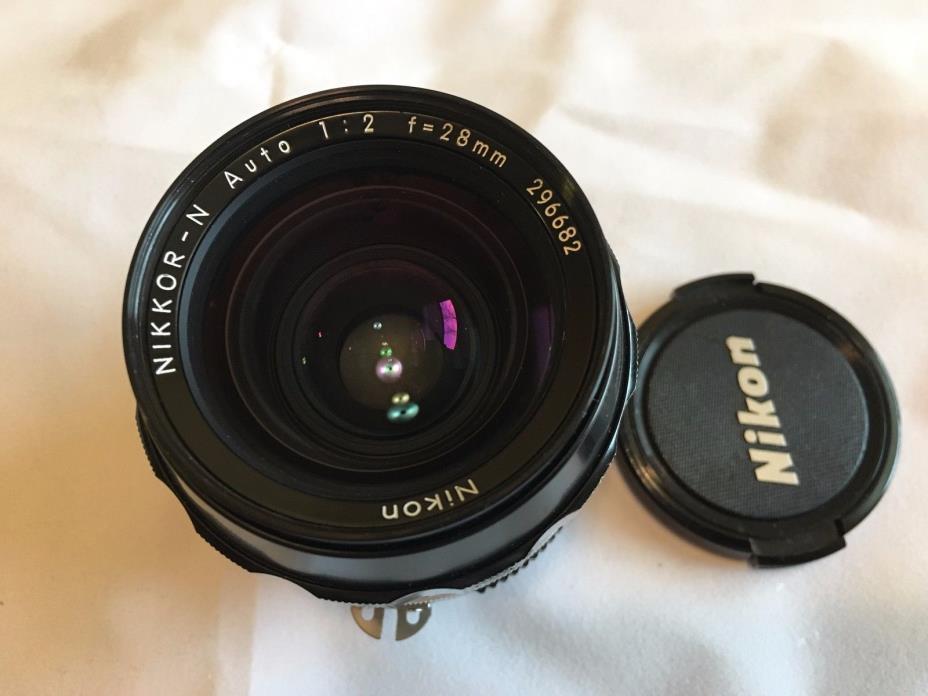 Nikon Nikkor-N 28mm f/2 Ai-s Lens