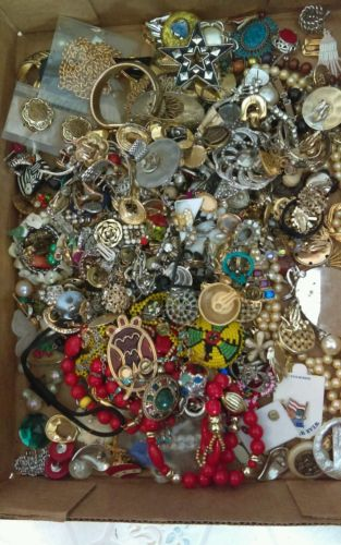 15+LBS VINTAGE NEW COSTUME JEWELRY FOR REPAIR PARTS ONLY UNSEARCHED