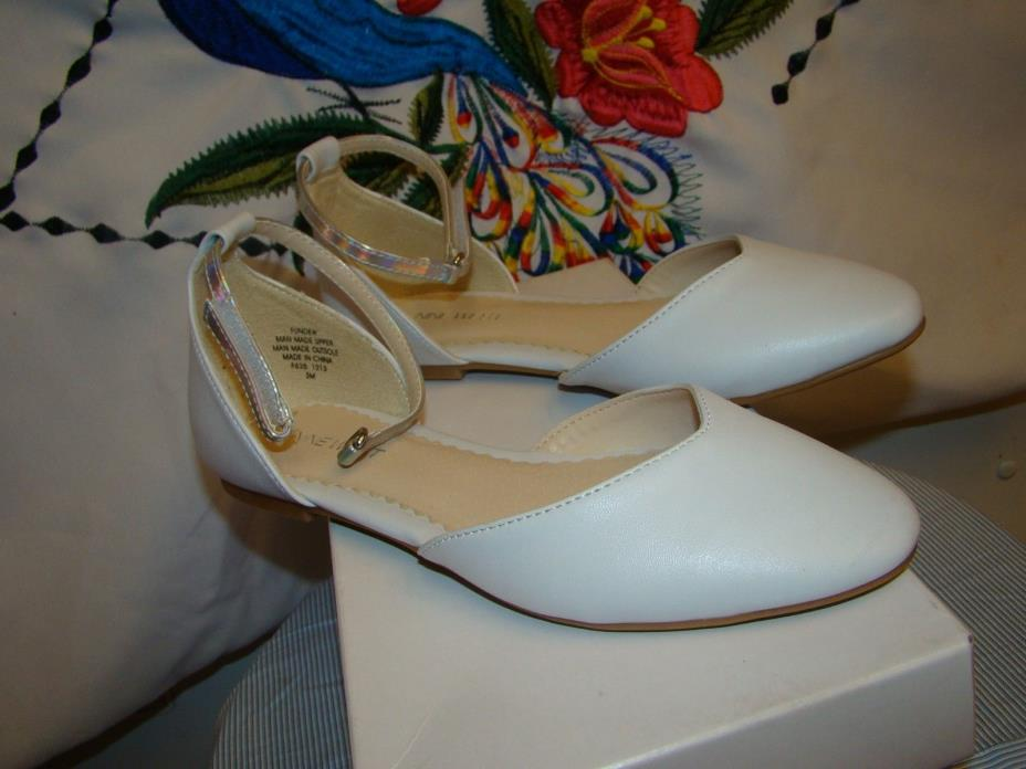 Nine West Girl's Fundew White Nappa pu  Flats Shoes 3M