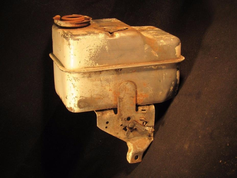 5 Hp Horizontal Briggs & Stratton Suction Carburetor Gas Tank