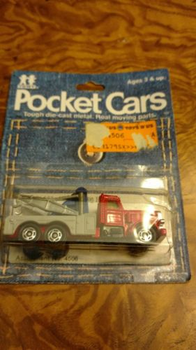 Tomica Tomy Pocket Cars #171-F63 Big Rig Tow Truck 1979 first year card MOC BP