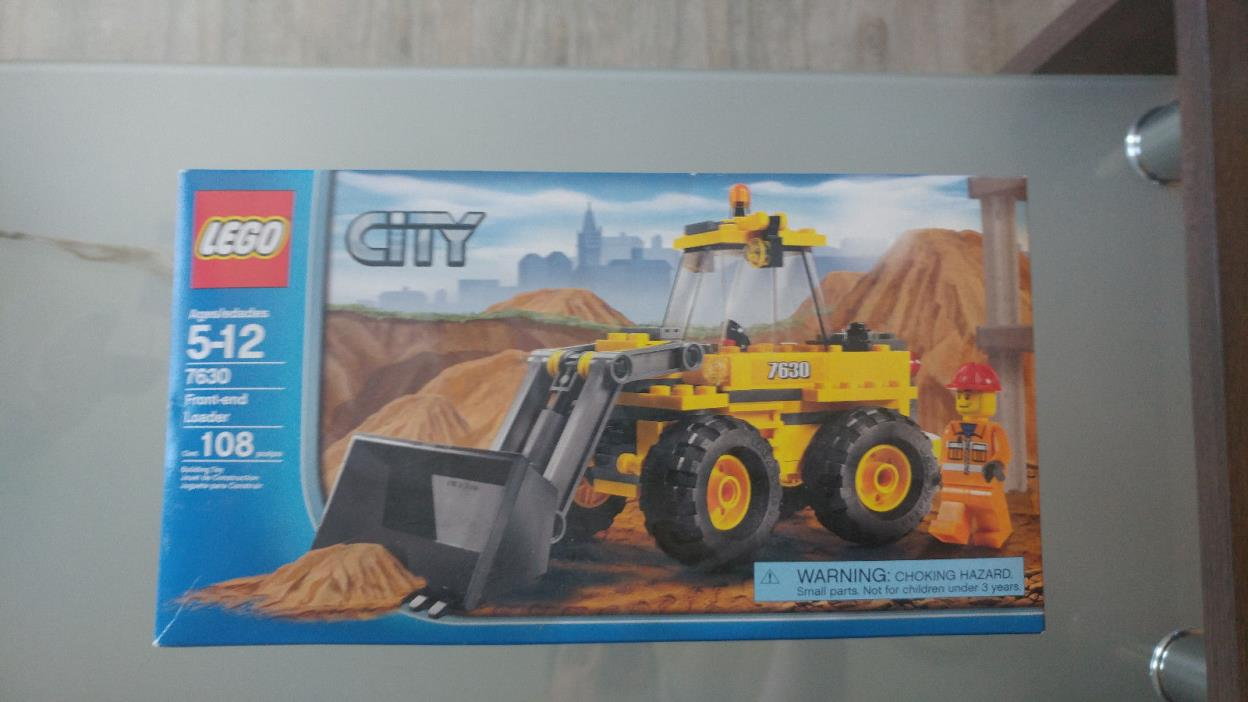 LEGO 7630 City Construction Front-End Loader Brand new Factory Sealed