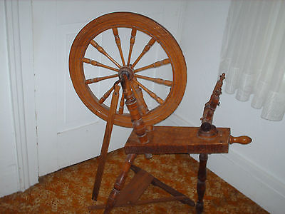 Vintage Antique Spinning Wheel 20