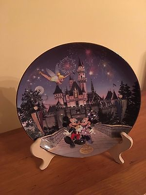 Disneyland 40th Anniversary Collectible Sleeping Beauty Castle Plate