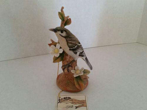Lefton Porcelain Mockingbird Excellent Condition! No Breaks, Cracks, Chips, Blem