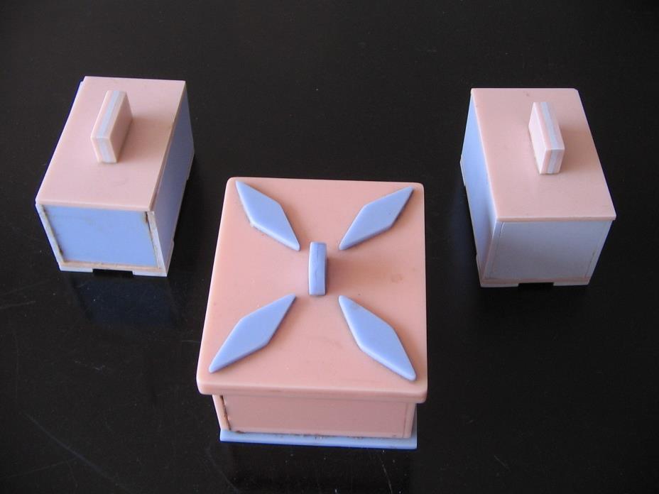 3 VTG MCM RETRO LUCITE PERSPEX ACRYLIC TRINKET DRESSER BATHROOM LIDDED BOXES