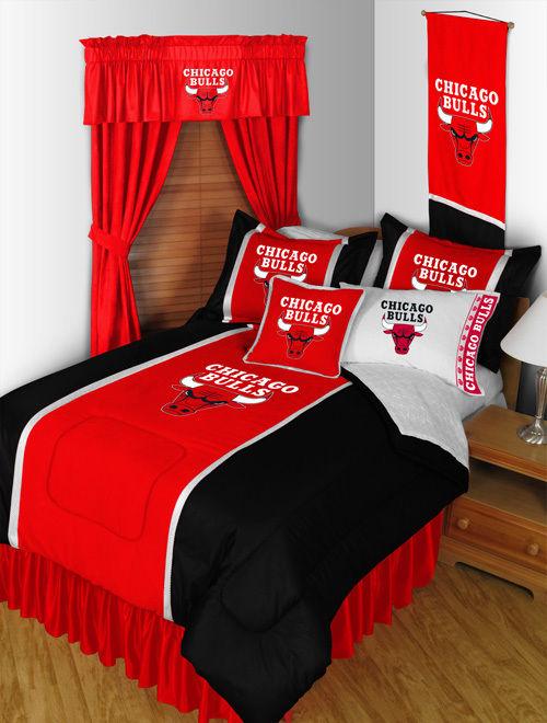 Chicago Bulls NBA Sidelines Room Comforter and Sheet Set Size Twin