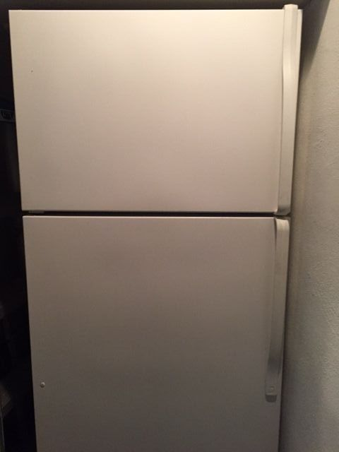 Estate by Whirlpool, 18 cu. ft refrigerator