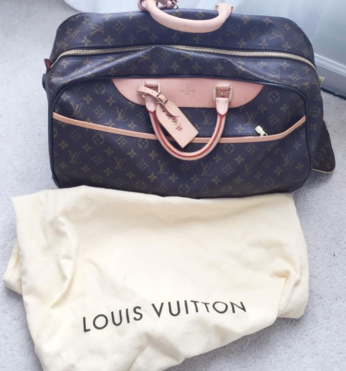 AUTHENTIC Louis Vuitton Travel Luggage