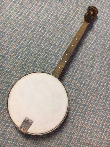 Gibson Oriole Tenor Banjo