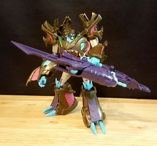 Transformers Prime Voyager Class Beast Hunters Sharkticon Megatron Figure