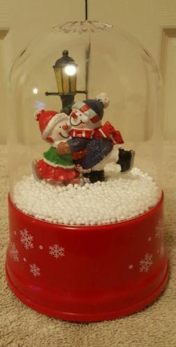 AIR BLOWN SNOW GLOBE* MERRY CHRISTMAS *WITH SNOWMEN*EUC