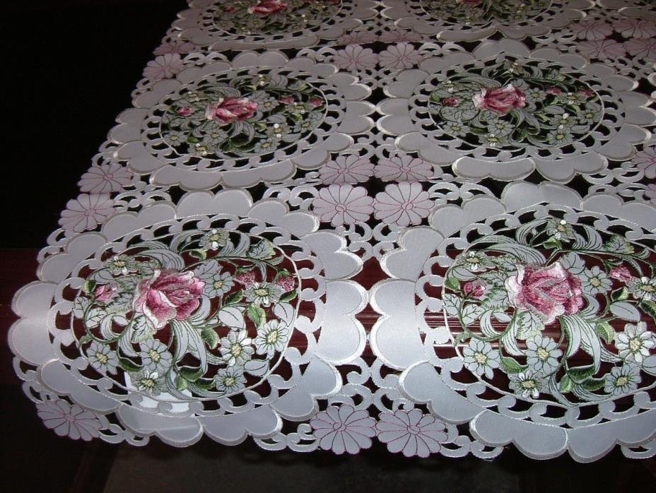 Tablelcoth Square Ornate Cutwork Nine Circles With Embroidered Roses And Daisies