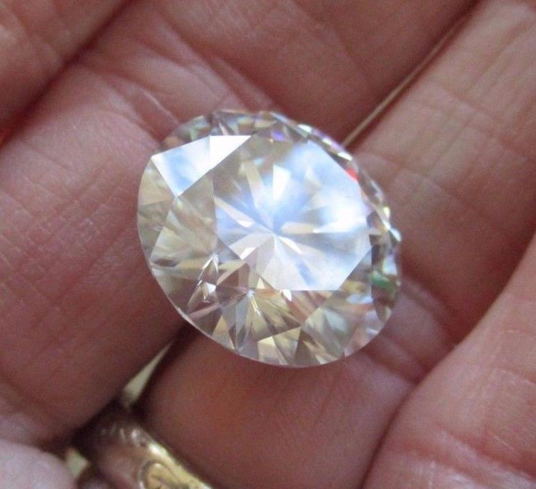 VERY LUXURIOUS! 14.13 ct VVS1 16.33 mm ICY SUNNY WHITE LOOSE ROUND MOISSANITE