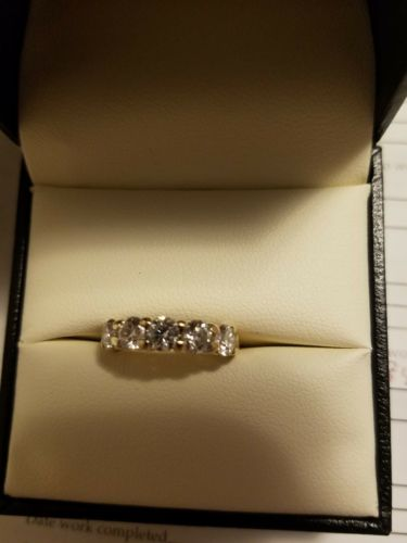 1 1/2 CTW DIAMOND ANNIVERSARY RING