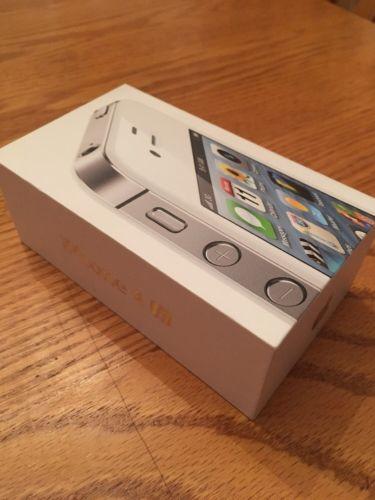 Apple iPhone 4s - 16GB - White (Verizon) Smartphone