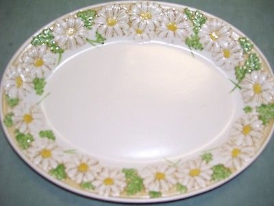 Metlox Poppytrail Sculptured Daisy Platter or Serving Dish - Very Good Condition